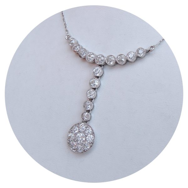 2,10 ct. oudslijpsel diamant, collier, 14K