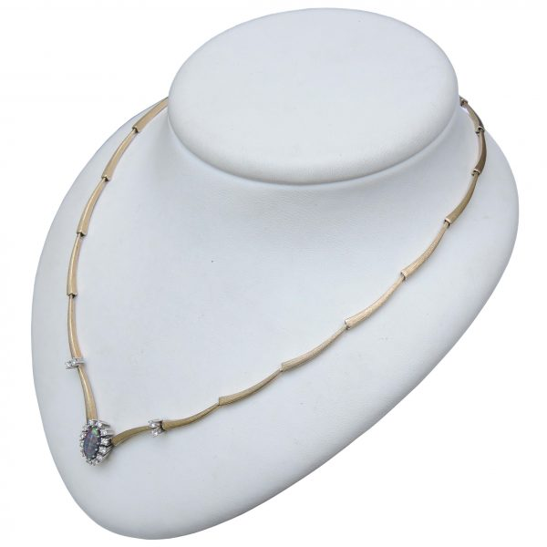 0,76 ct. diamant, staafjes collier, 14K